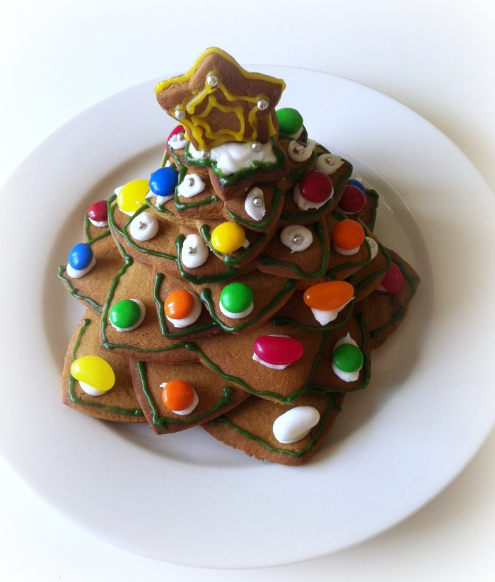 Sugar Water For Christmas Tree: Gingerbread Cookie Christmas Tree