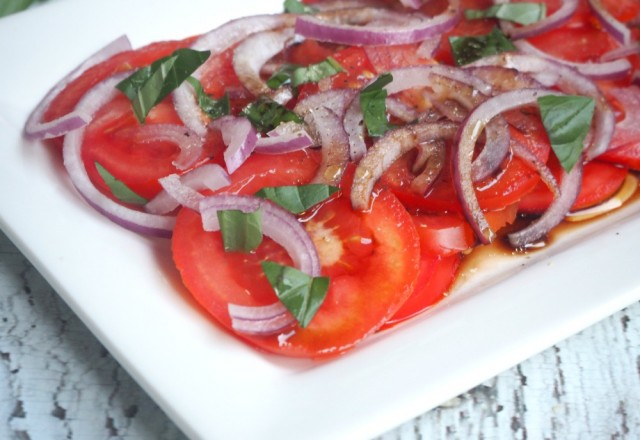 Sliced Tomato, Basil and Red Onion Salad
