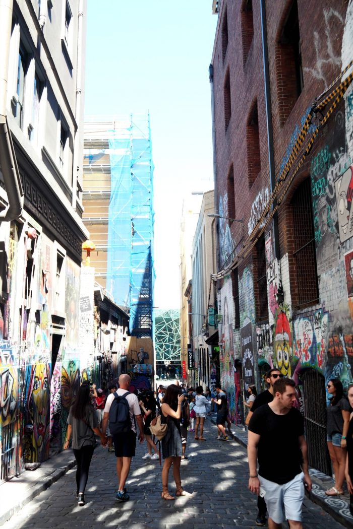 where to eat drink stay melbourne - street art