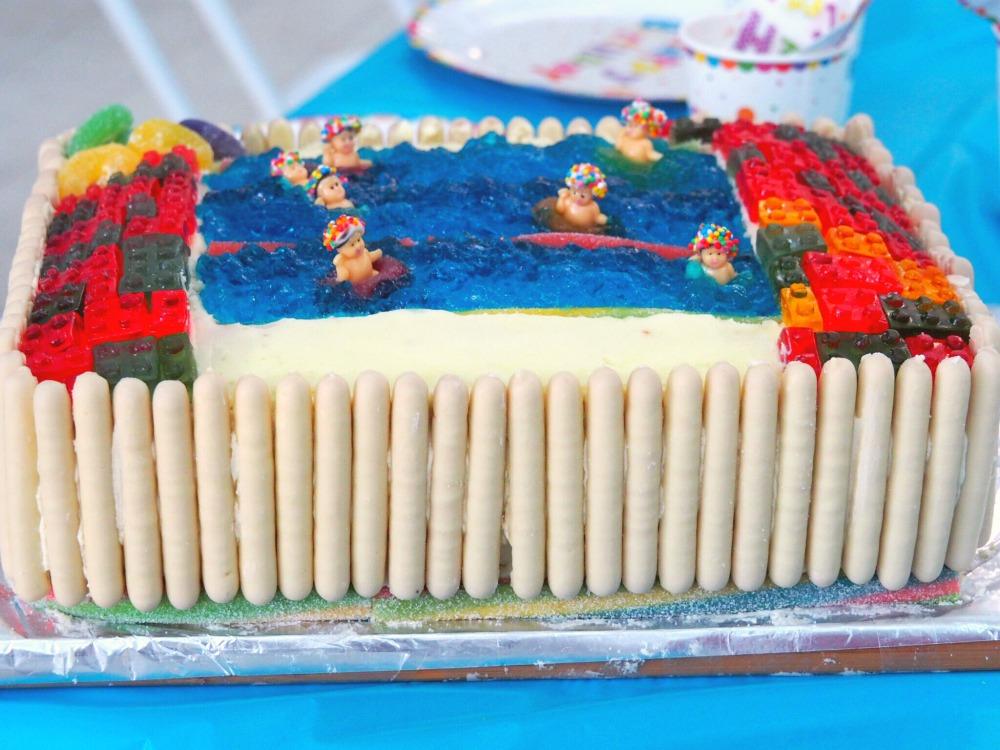 AWW Swimming pool cake