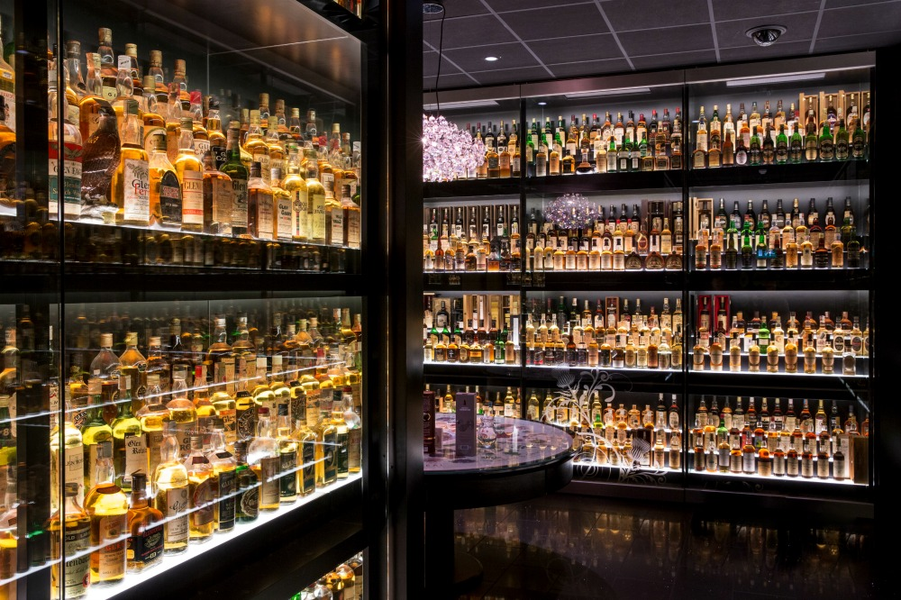 48 Hours in Edinburgh - Scotch Whisky Experience whisky collection