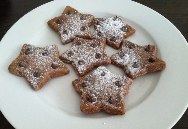 Chocolate Shortbread Stars