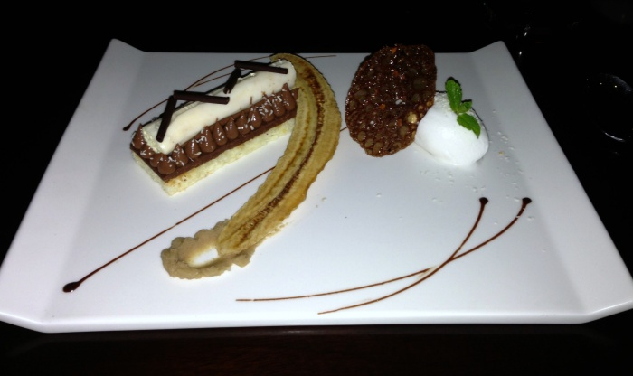 Bounty - Guanaja chocolate bar, with coconut cream filling, sorbet, crunchy hazelnut and banana paste, Sakala, Bali