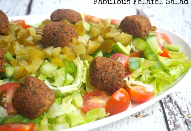 Meatless Monday – Fabulous Felafel Salad