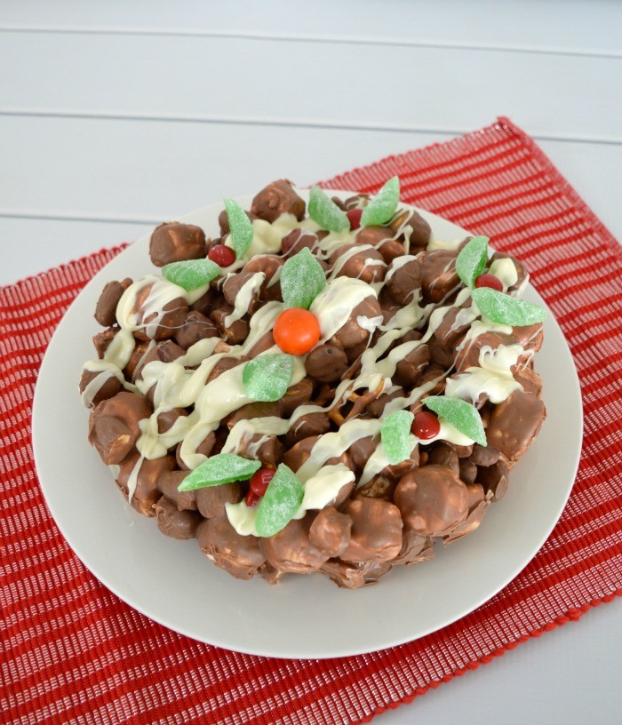 Clinkers-Rocky-Road-Christmas-Cake-1