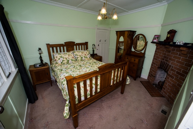 Allambee bedroom Shelton Lea
