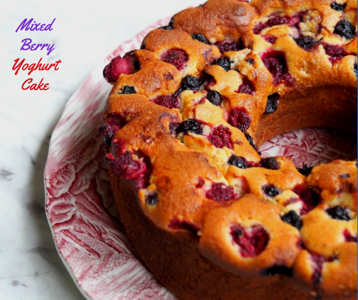 Mixed Berry Yoghurt Cake