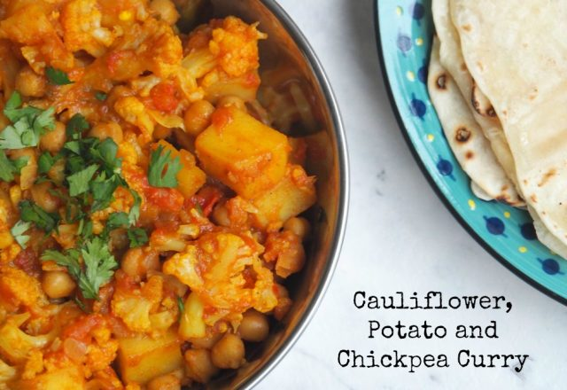 Meatless Monday – Cauliflower, Potato and Chickpea Curry