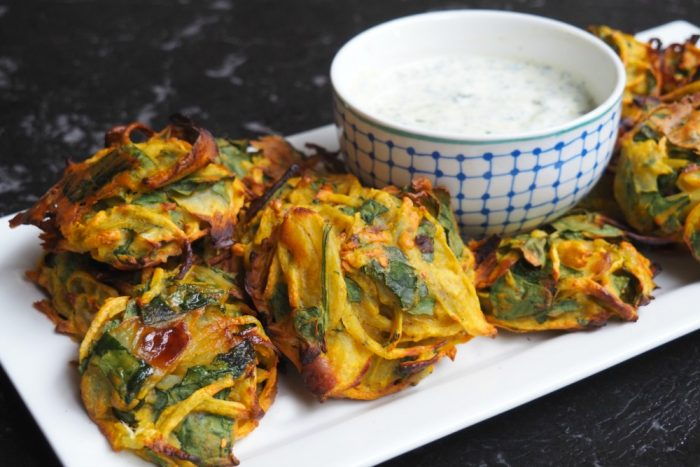 Spinach and Onion pakora with mint raita 3