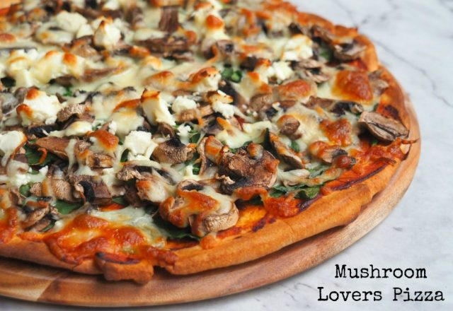 Meatless Monday – Mushroom Lovers Pizza