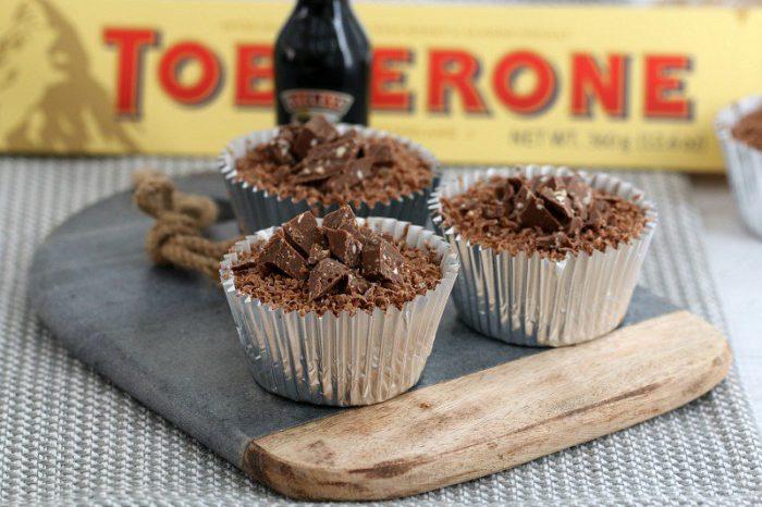 Mini Boozy Chocolate Cheesecakes 1