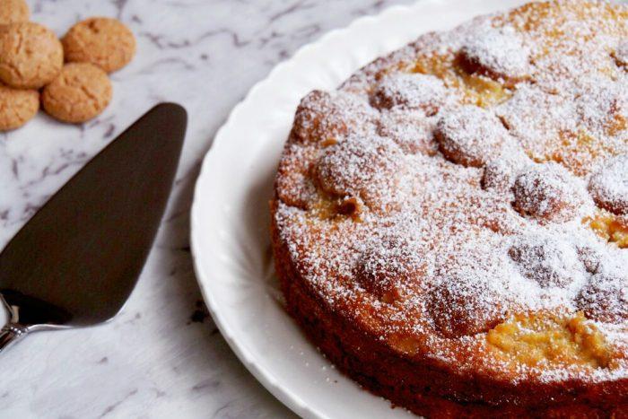 Apricot and Amaretti Cake 3