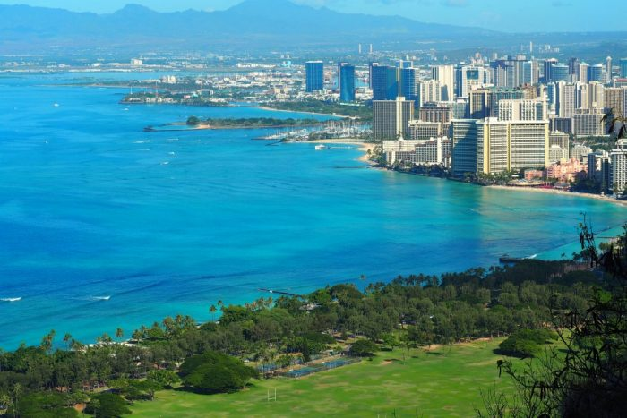 10 things for couples to see and do Waikiki - Diamond Head 2