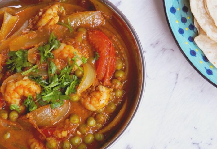 Prawn, pea and tomato curry 1