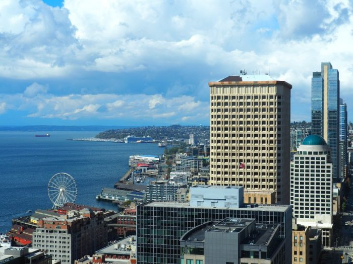things to see and do in Seattle - Smith Tower 3