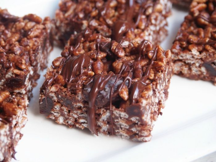 chocolate crackle slice 3