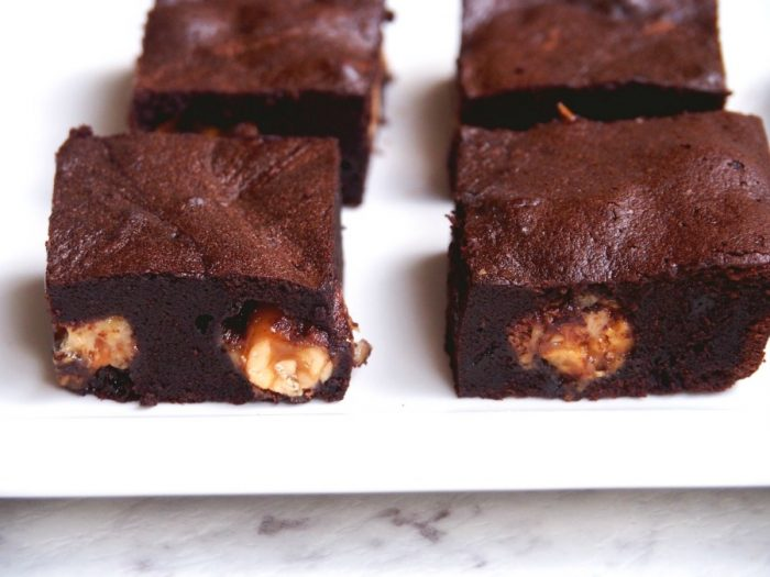 Snickers Brownies 5