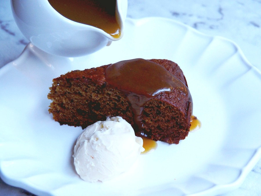 Liz's Sticky Date Pudding 4