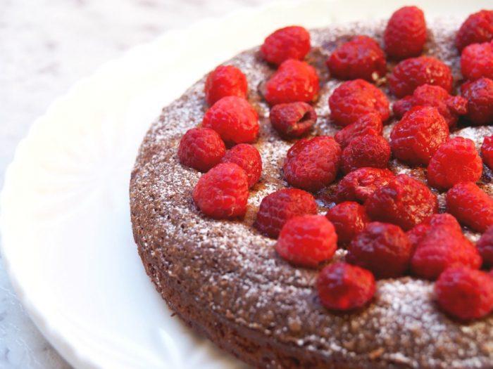 Tash's Rich Chocolate Cake 5