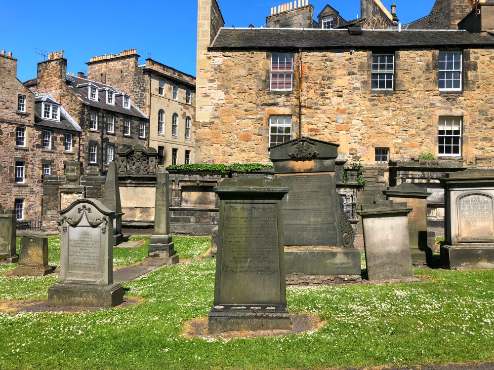 48 hours in Edinburgh - Greyfriars Kirkyard