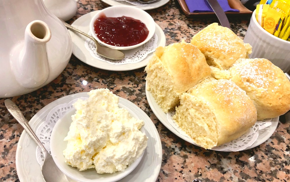 48 hours in the Blue Mountains - Bygone Beautys scones