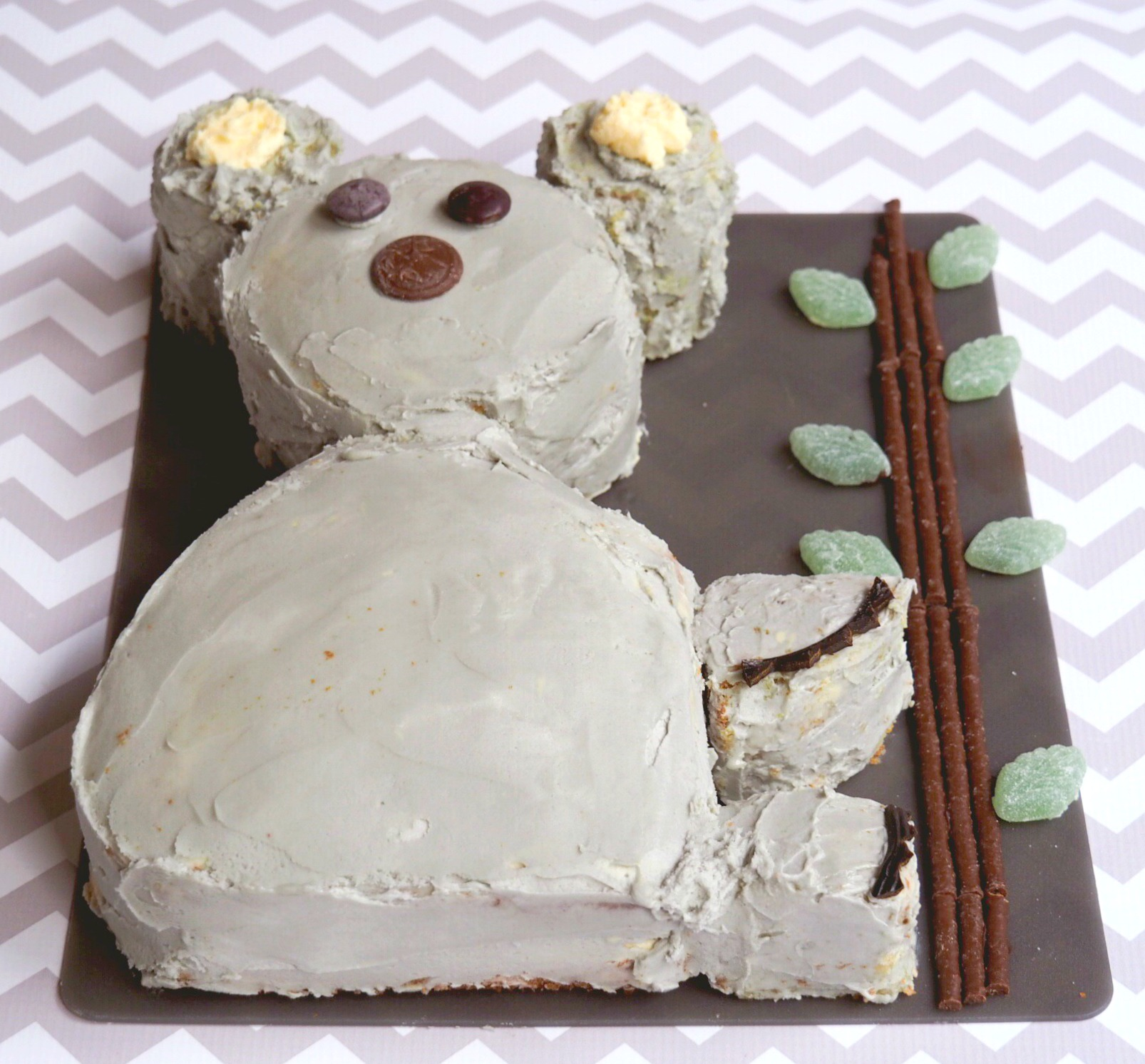 How to make a koala cake 2