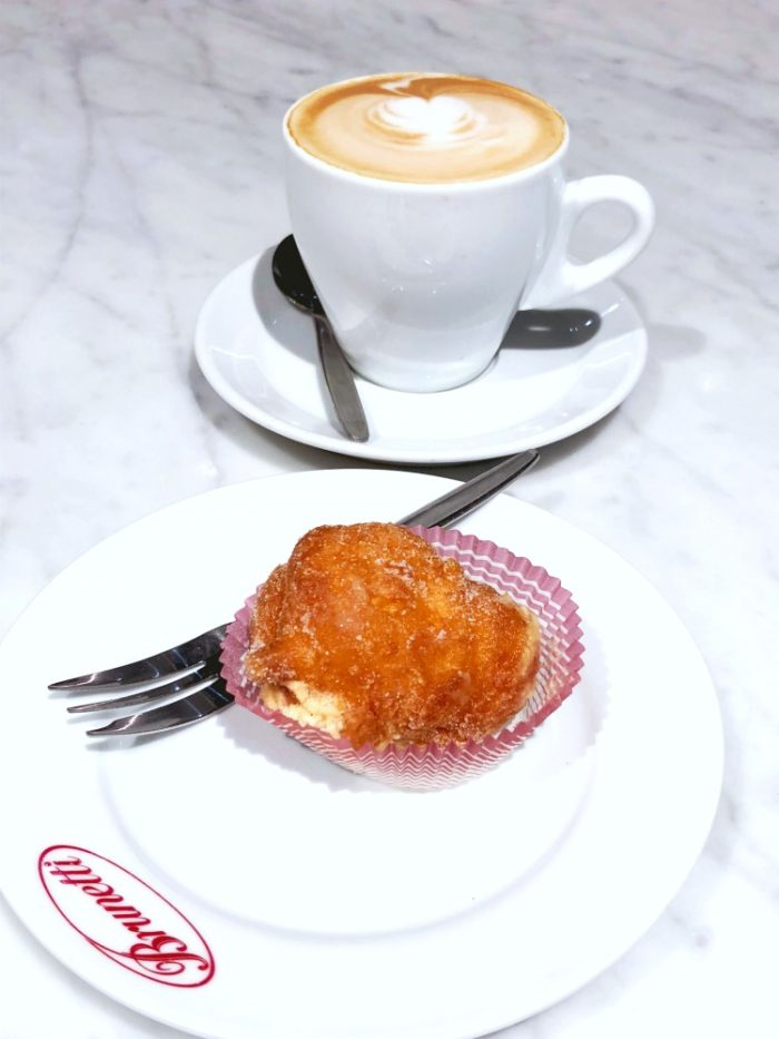 72 hours in Melbourne - Breakfast at Brunetti