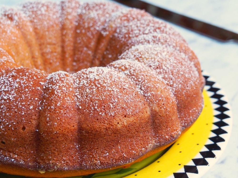 Nigella's-Spiced-Yoghurt-Cake