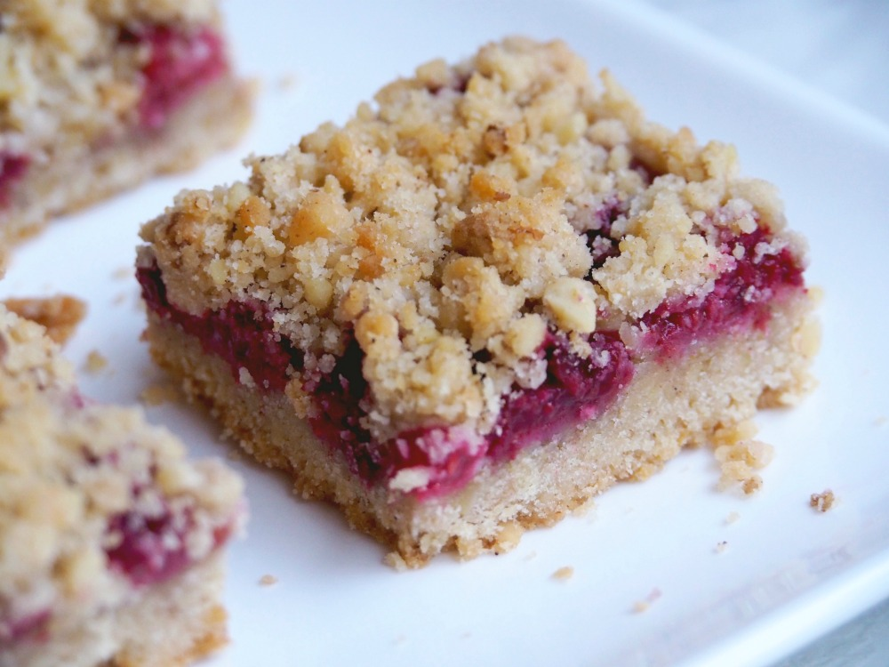 Raspberry and walnut squares 6