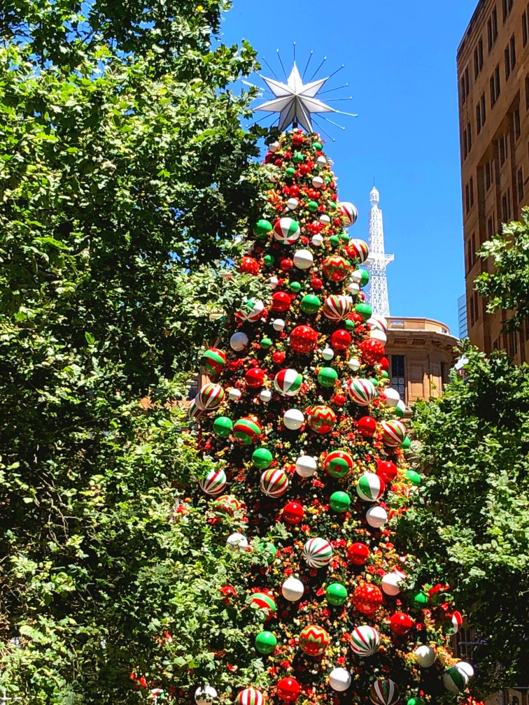 Christmas tree Martin Place 2018