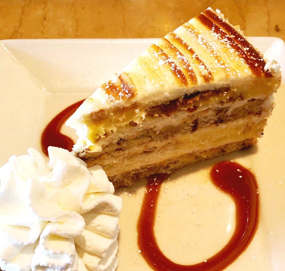 cheesecake factory- reasons to visit Waikiki
