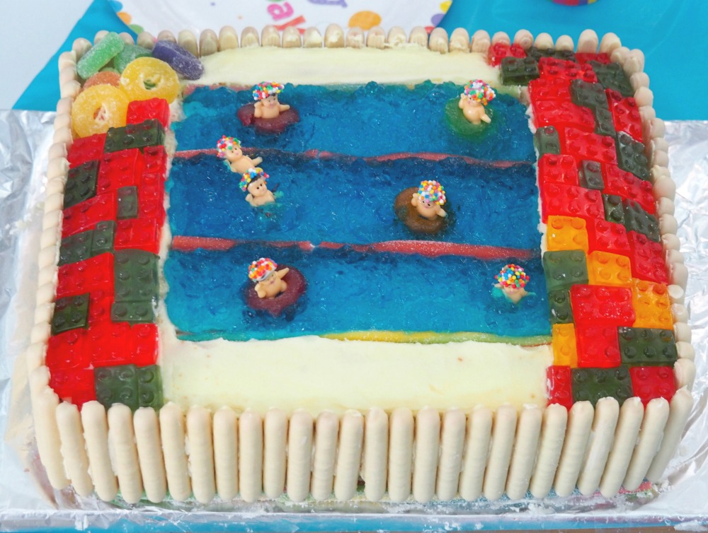 AWW Swimming pool cake 8