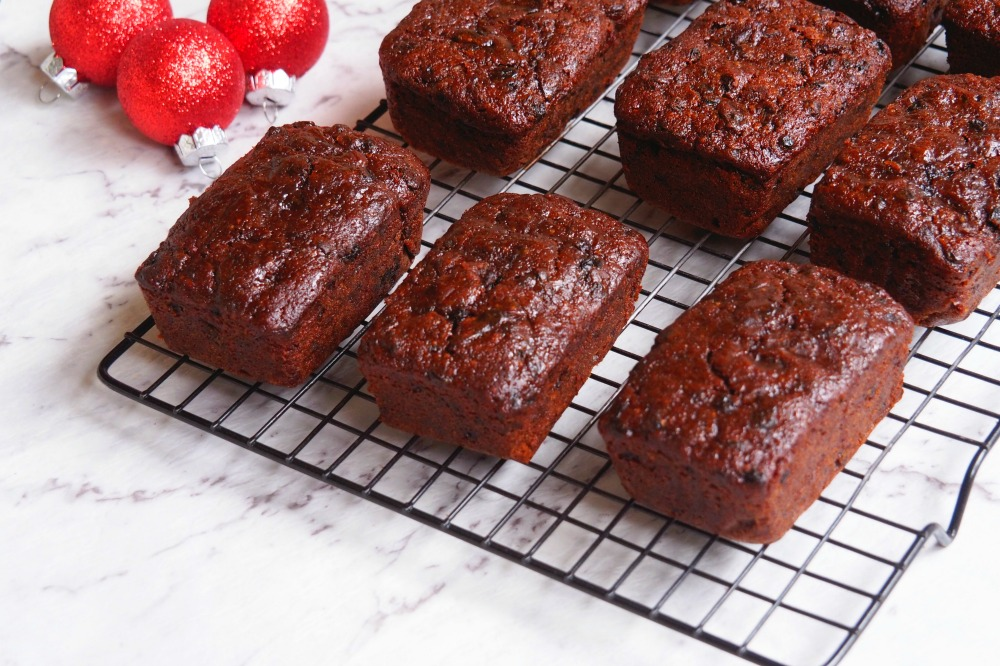 Christmas Chcocolate Fruit Loaves 4