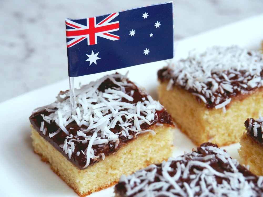 jamtastic-lamington-slice-5