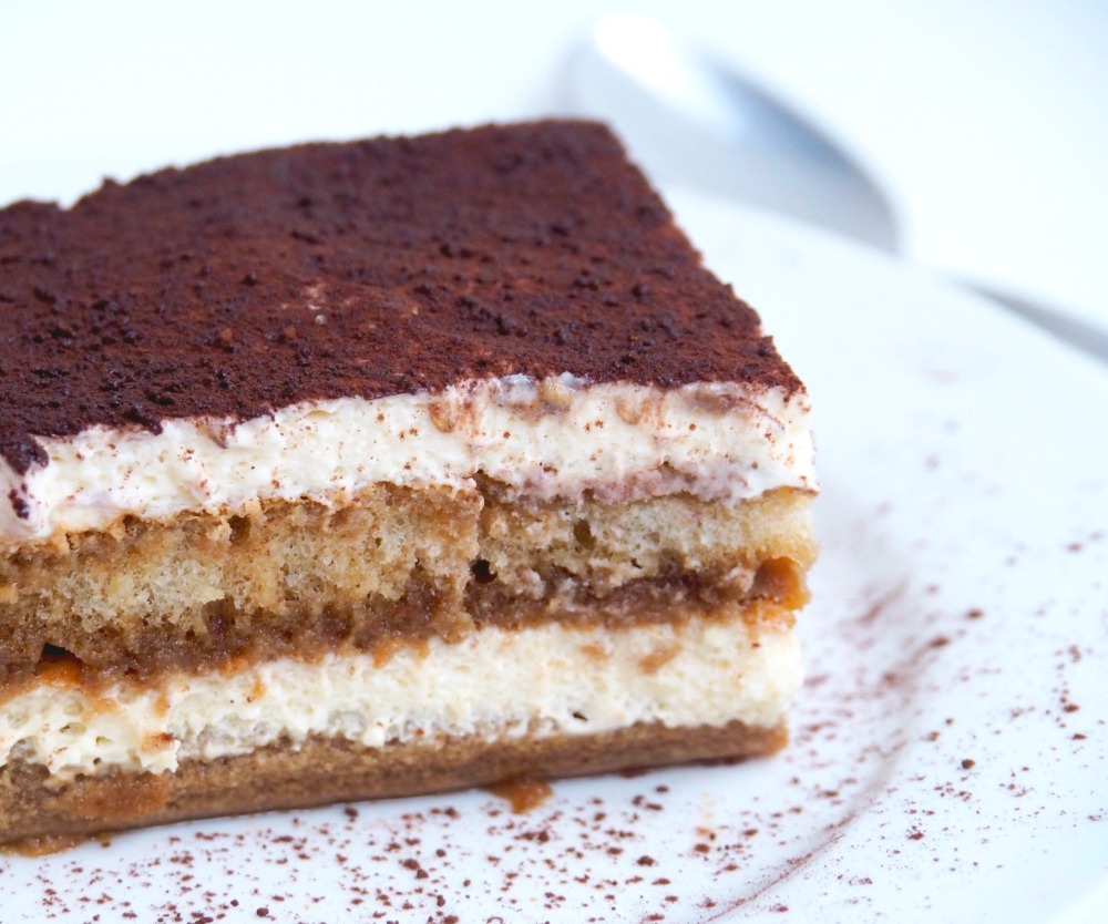 authentic-and-easy-tiramisu-4