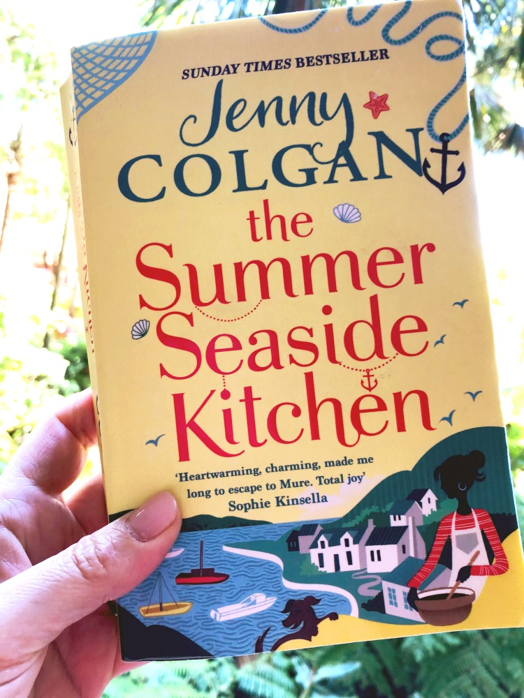 101 books in 1001 Days - Summer Seaside Kitchen