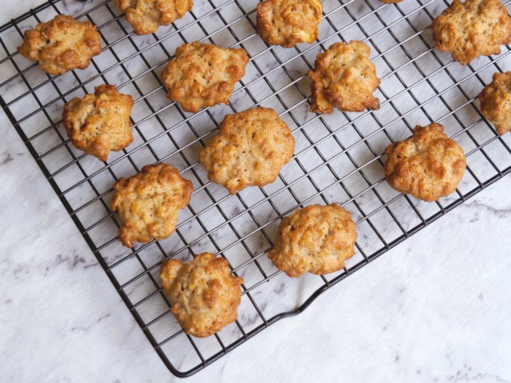 caramel cornflake cookies 4