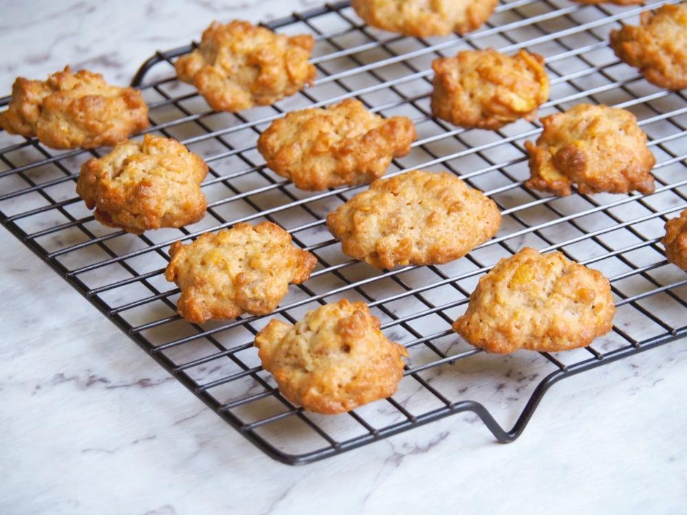 caramel-cornflake-cookies-2