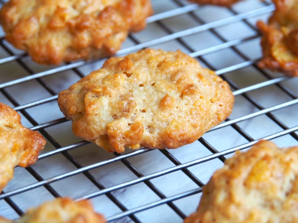 caramel cornflake cookies 6