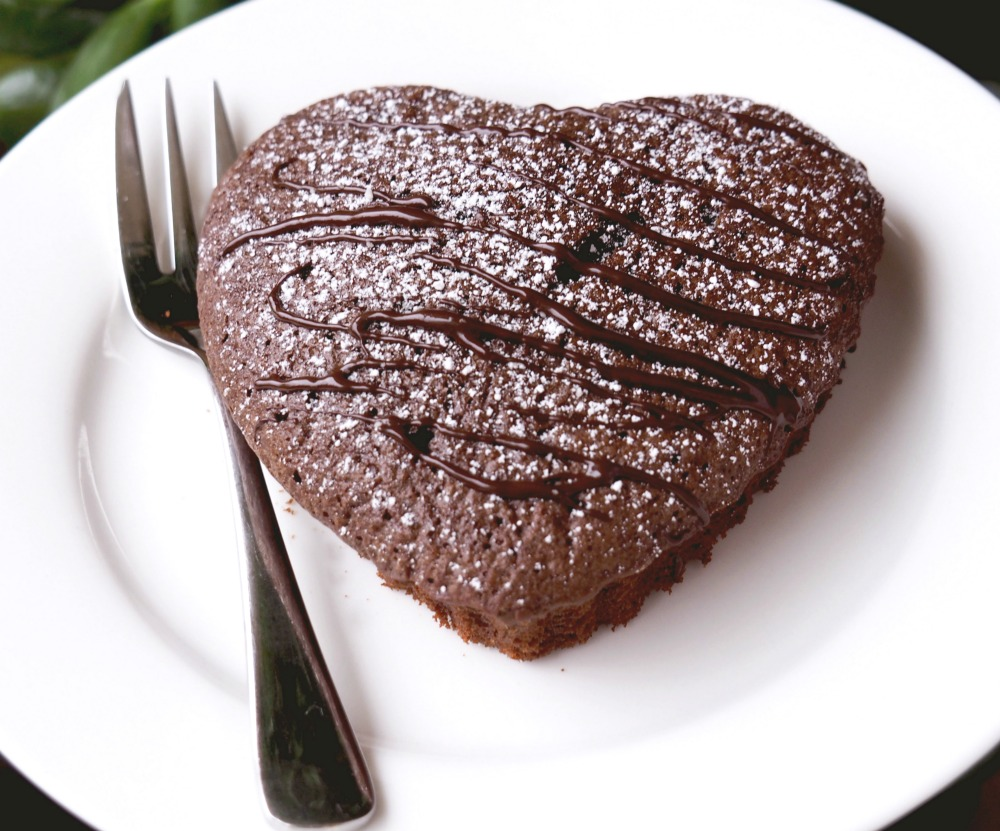 chocolate-heart-cake-3