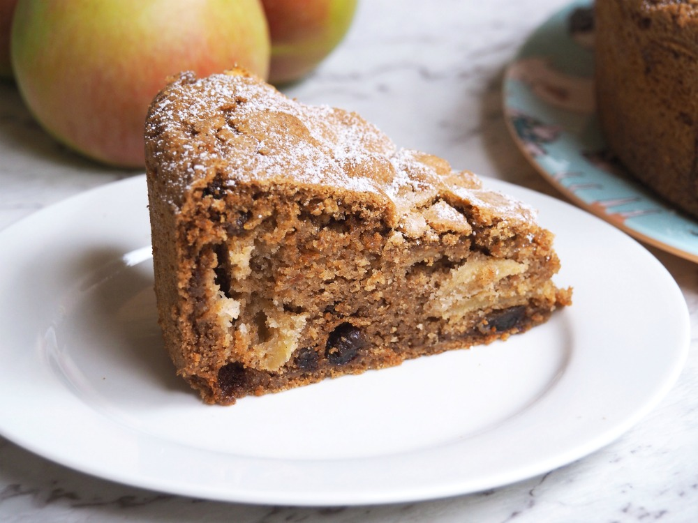 one-pot-spiced-apple-cake 2
