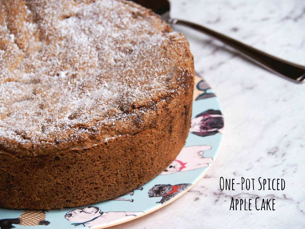 one-pot-spiced-apple-cake