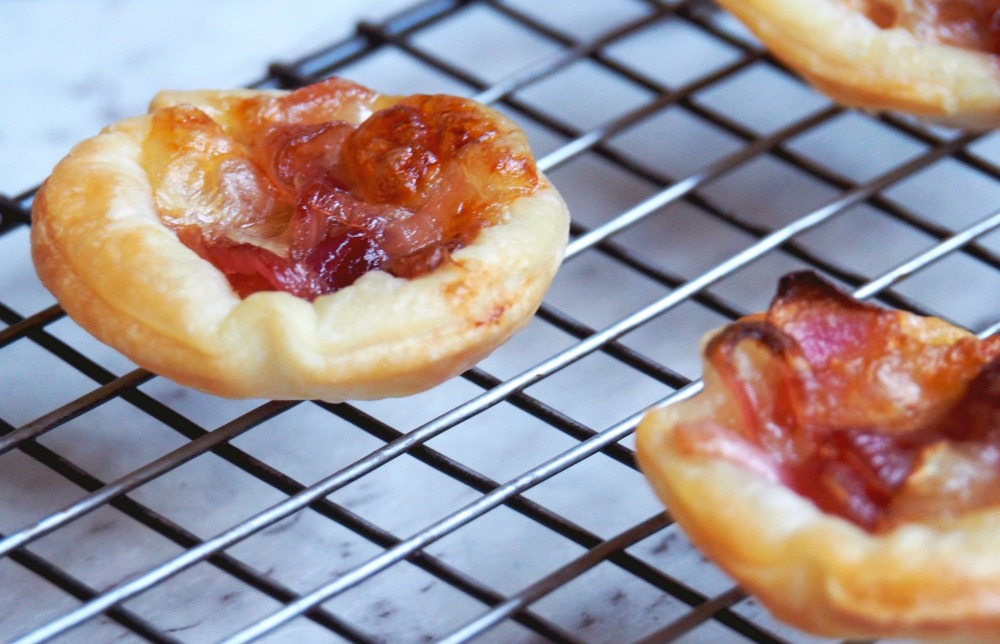 cranberry and caramelised red onion tarts 3