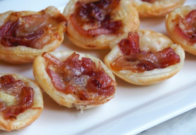 Mini Cranberry, Caramelised Onion and Brie Tarts