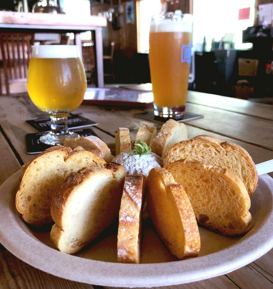 Honolulu-craft-beer-honolulu-beerworks-2