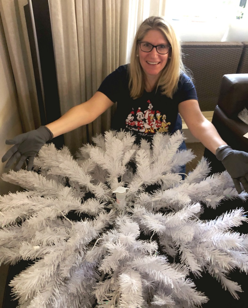 balsam-hill-christmas-tree-assembly