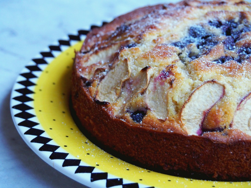 donna hay apple-blueberry-cake-5