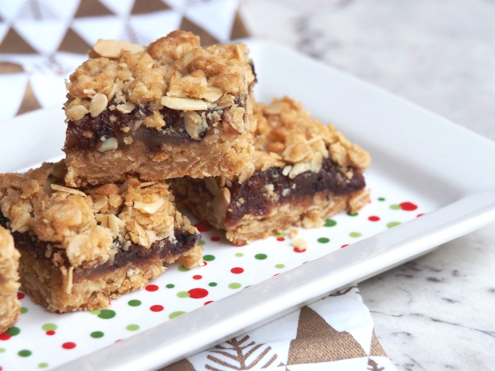 easy christmas fruit mince slice
