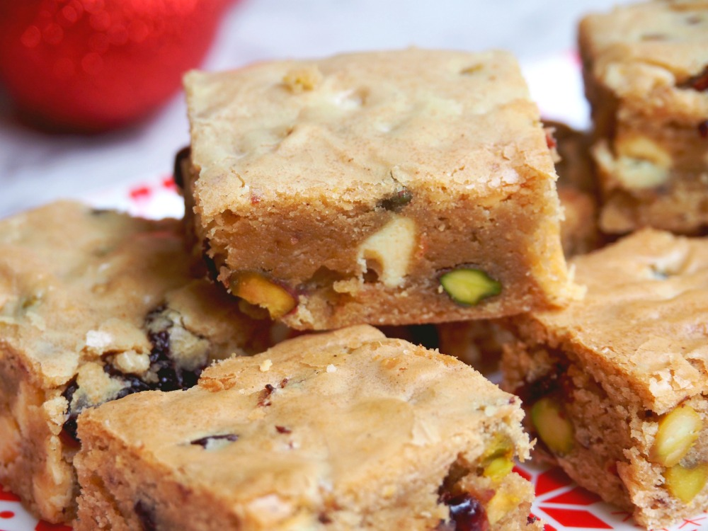 cranberry white chocolate pistachio blondies 4