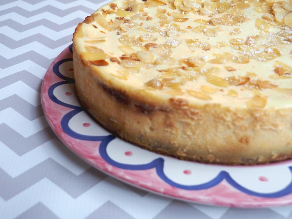 baked bakewell cheesecake 6